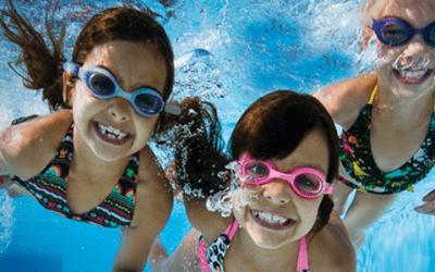piscina niños 400x250 Vacaciones Singles