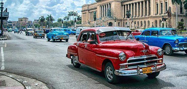 Perlas cubanas: Puentes y Fin de Año