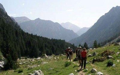 Senderismo en Pirineos 400x250 Vacaciones Singles