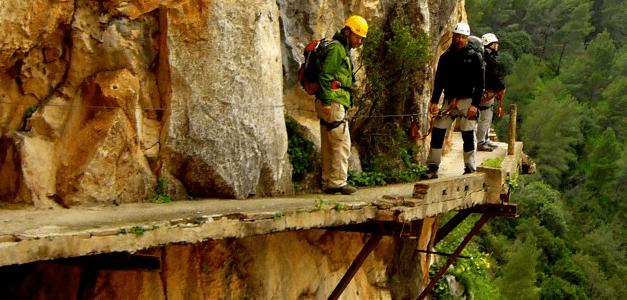 ... más espectaculares y desconocidos de Burgos: La cascada de Las Pisas