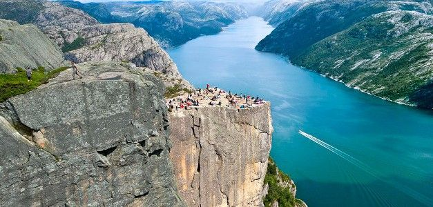 Noruega: Fiordos, Lagos y Montañas