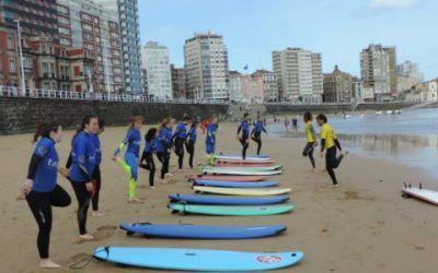 surf en asturias 400x250 Vacaciones Singles