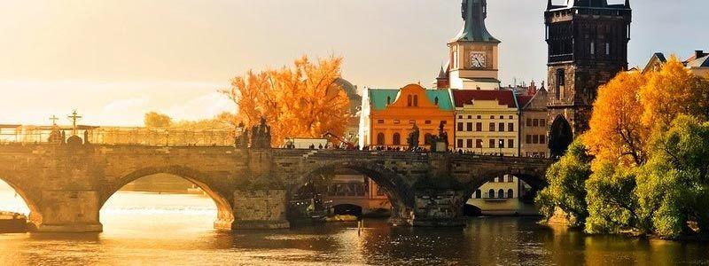Puente del Pilar Singles a Praga
