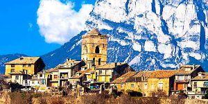 Pueblo de los Pirineos