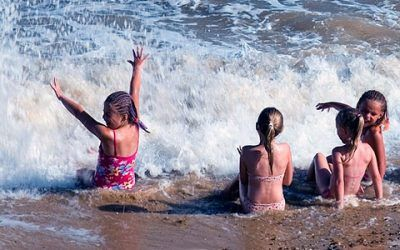 lanzarote playa 400x250 Vacaciones Singles
