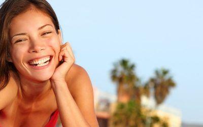 Chica sonriendo 1250X500 400x250 Vacaciones Singles
