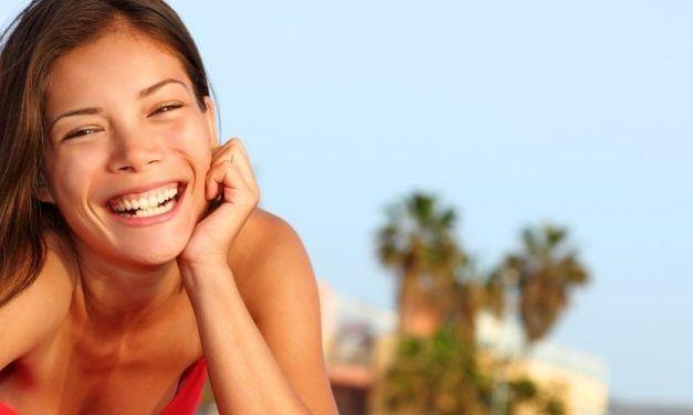 Chica sonriendo 1250X500 627x376 Singles con Niños