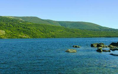 Lago de Sanabria 400x250 Vacaciones Singles