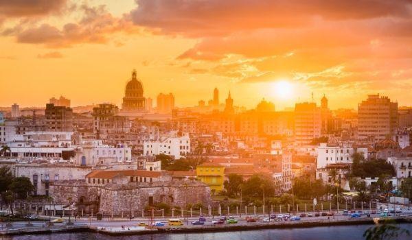 La Habana Viajes Singles a Cuba: La Habana y Varadero