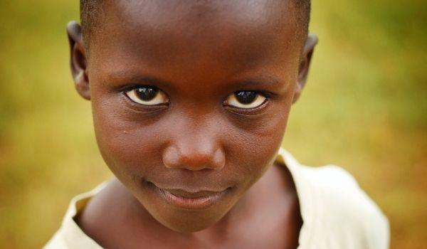 Nino en Uganda Voluntariado en África: Uganda