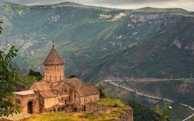 Armenia Cuna de Noe 1250X500 400x250 Vacaciones Singles