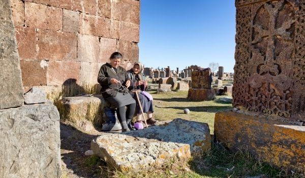 Armenia Cuna de Noe 600x350 1 Armenia para Mujeres Viajeras