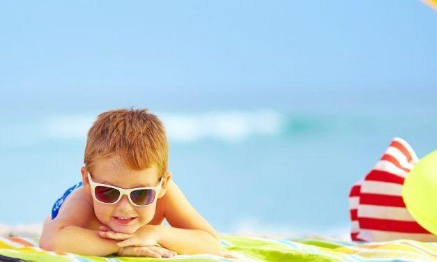 Nino playa 1250X500 627x376 Singles con Niños