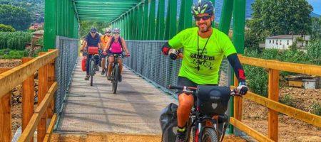 va de bici 450x200 Eventos Externos para Singles o en Grupo