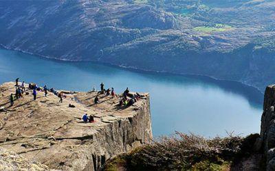 Noruega Fiordos lagos y montanas 400x250 Vacaciones Singles